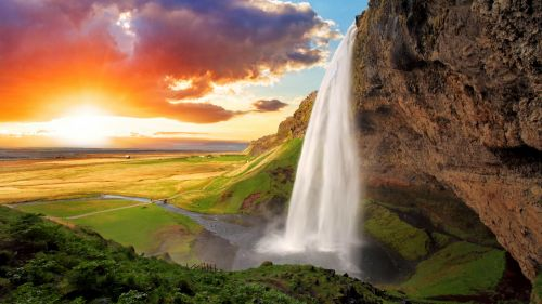 Iceland Seljalandsfoss Waterfalls