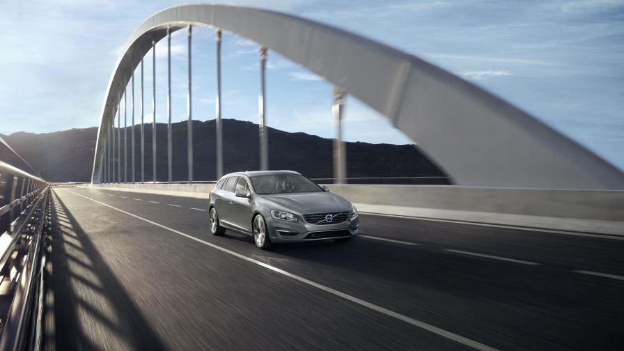 Volvo V60 on the road